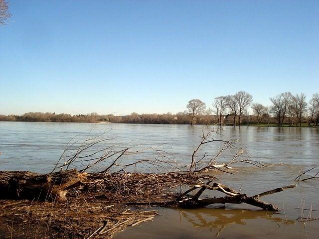Crue du fleuve Rhône