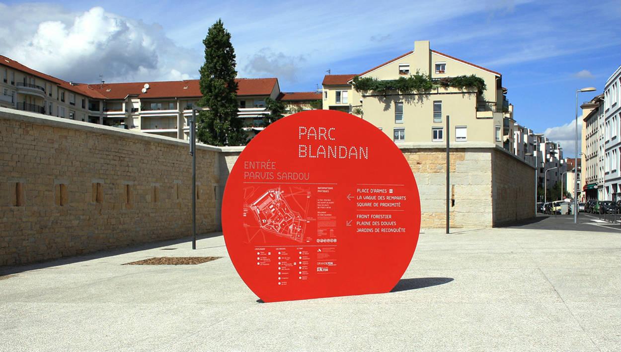 Entrée parc Blandan Lyon