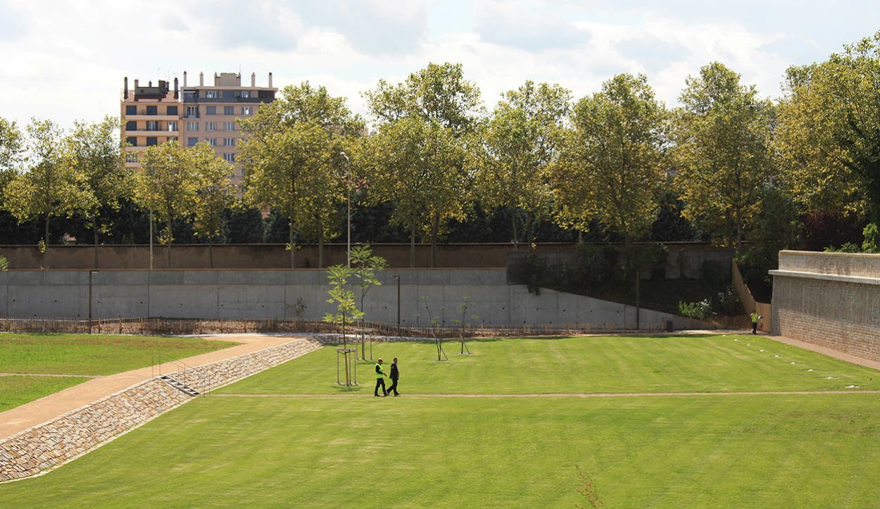 Parc blandan espace vert au centre ville de lyon on the for Espace vert lyon