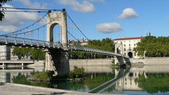 Pont sur le Rhône à Lyon