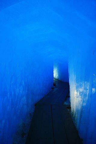 Grotte du glacier du Rhone
