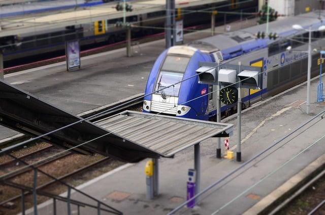 gares à Lyon et Rhône-Alpes SNCF TER