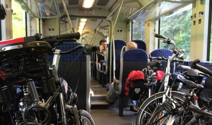 Train, vélo en vallée du Rhône