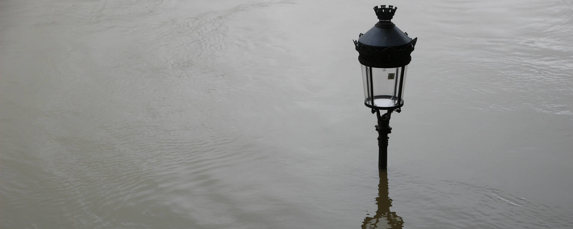 Crue fleuve Rhône