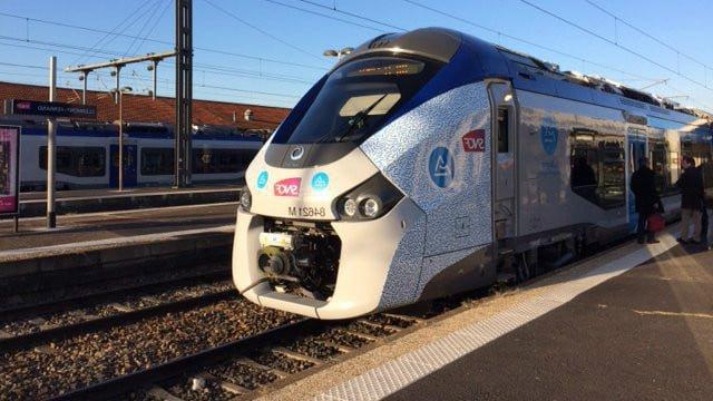 Réseau des trains TER SNCF et gares Auvergne-Rhône-Alpes