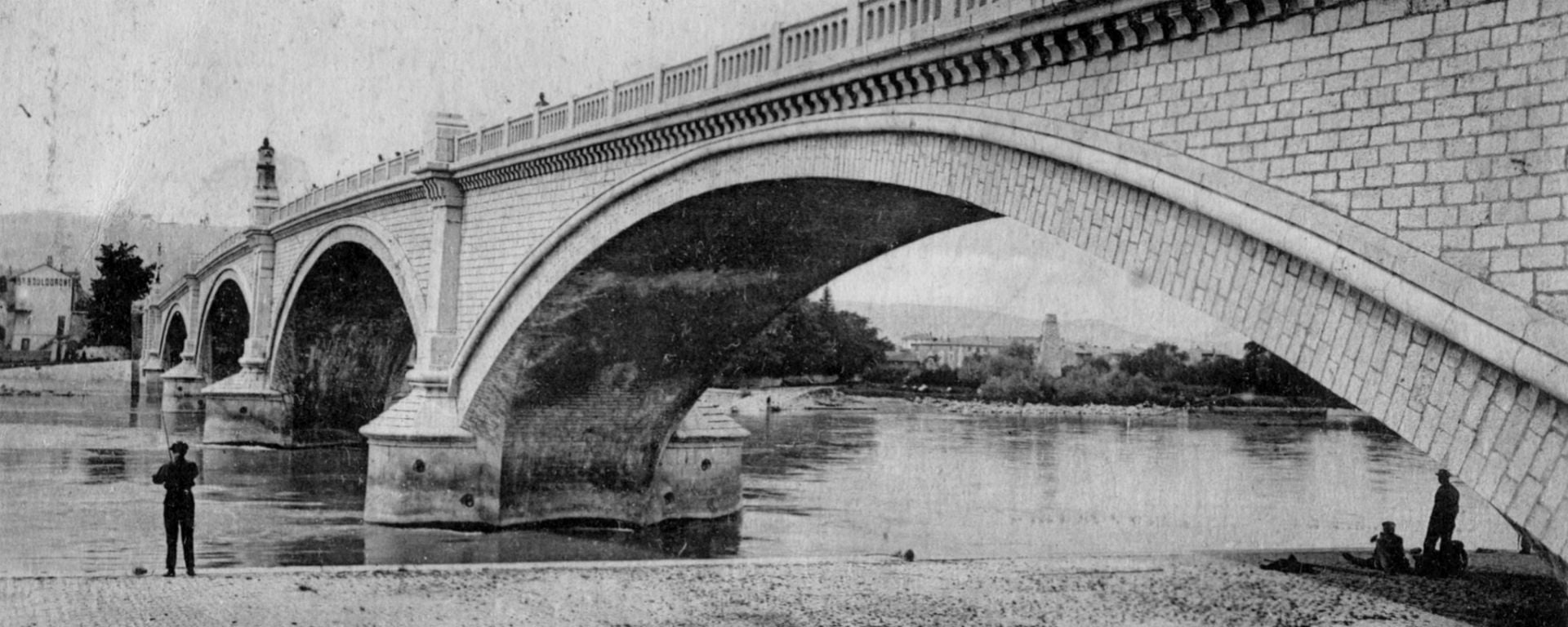 Pont fleuve Rhône